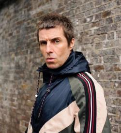 Ecouter la chanson Liam Gallagher For What It's Worth de playlist Meilleur Chanson 2017 gratuitement.