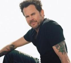 Gary Allan Watching Airplanes (live)