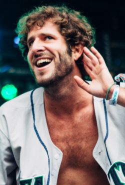Écouter Lil Dicky.